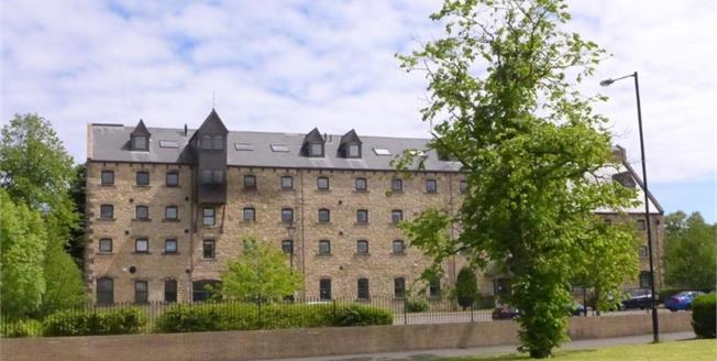 Offers Over £120,000, 2 Bedroom Upper Floor Flat For Sale in Tyne and Wear, DH4