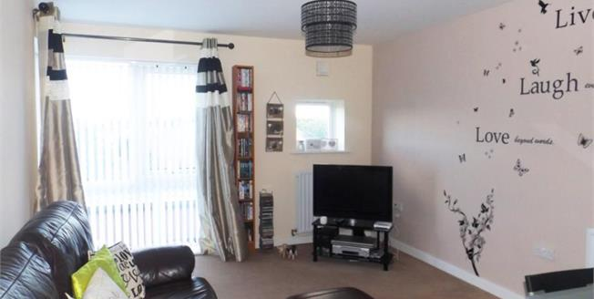 Offers Over £80,000, 2 Bedroom Flat For Sale in Middlesbrough, TS1