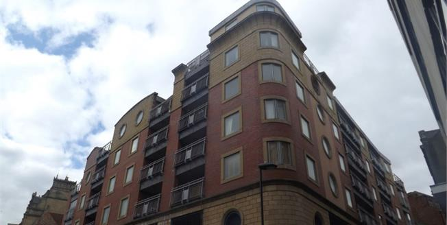 Offers Over £145,000, 3 Bedroom Flat For Sale in Newcastle upon Tyne, NE1