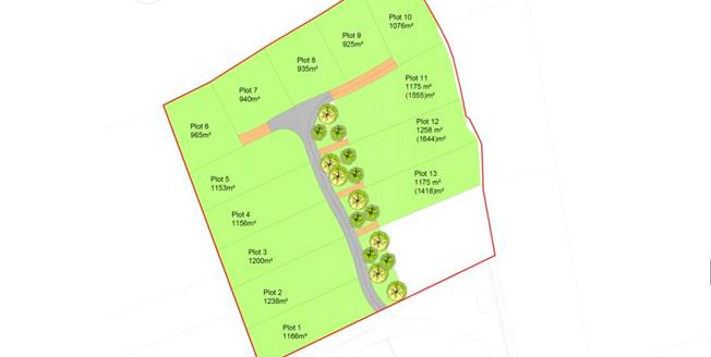 Guide Price £250,000, House For Sale in Medburn, NE20