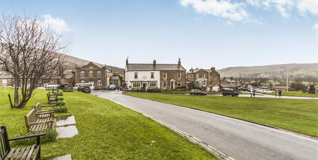 Guide Price £340,000, 4 Bedroom Semi Detached Cottage For Sale in Reeth, DL11