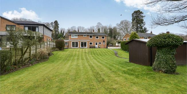 Offers Over £425,000, 4 Bedroom Detached House For Sale in Hutton Rudby, TS15