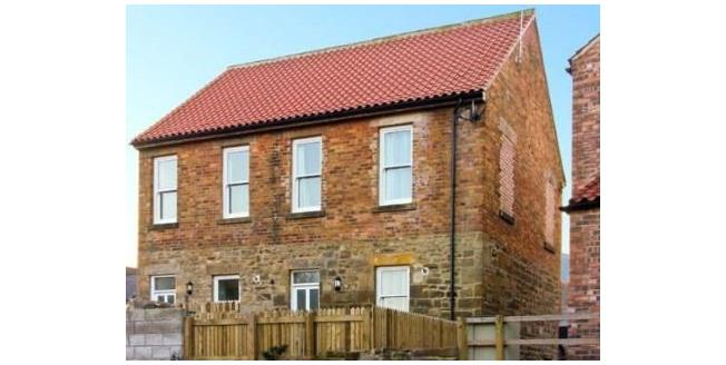 Guide Price £175,000, 2 Bedroom Semi Detached House For Sale in Whitby, YO21