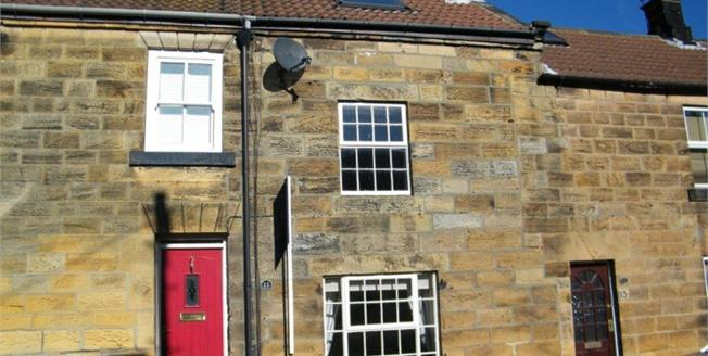 £140,000, 3 Bedroom Cottage For Sale in Castleton, YO21