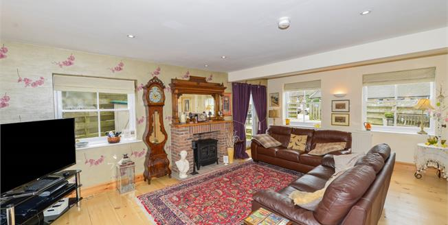 £279,000, 3 Bedroom Terraced House For Sale in Glaisdale, YO21