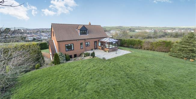 £399,000, 4 Bedroom For Sale in Saltburn-by-the-Sea, TS13