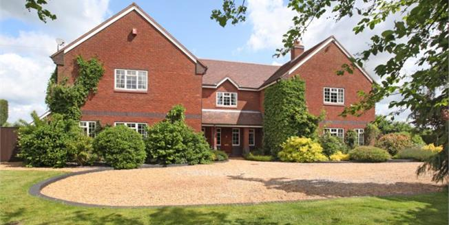 £1,295,000, 6 Bedroom House For Sale in Smallwood, CW11