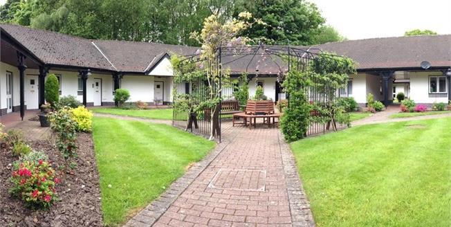 £130,000, 1 Bedroom Bungalow For Sale in Prestbury, SK10
