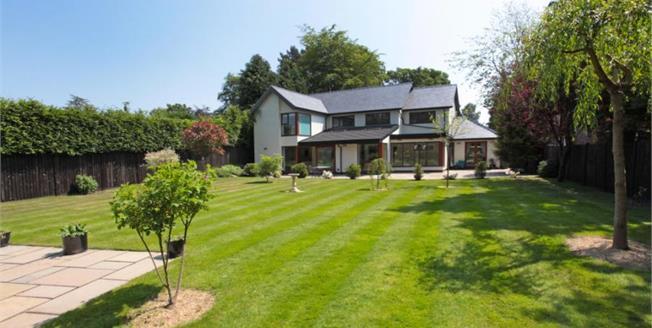 £1,300,000, 5 Bedroom Detached House For Sale in Prestbury, SK10