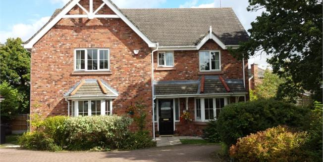 Guide Price £615,000, 5 Bedroom Detached House For Sale in Macclesfield, SK10
