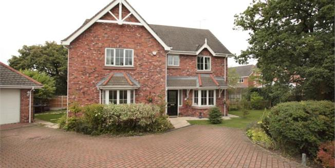 Guide Price £595,000, 5 Bedroom Detached House For Sale in Macclesfield, SK10