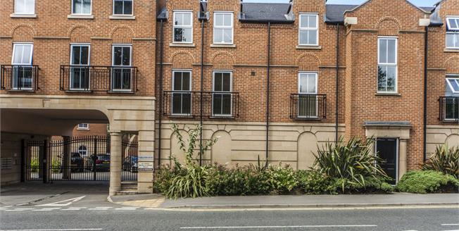 Asking Price £170,000, 2 Bedroom Flat For Sale in Eaglescliffe, TS16