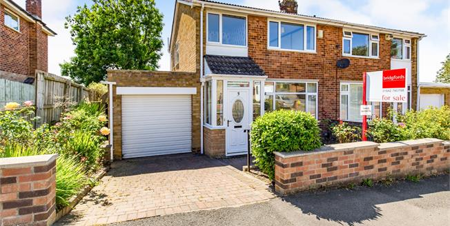 Offers in the region of £165,000, 3 Bedroom Semi Detached House For Sale in Eaglescliffe, TS16