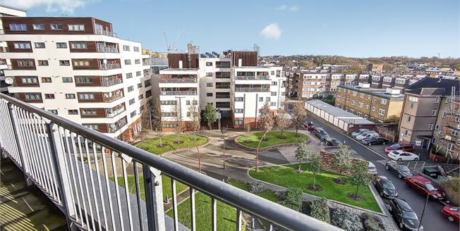 Offers in excess of £550,000, 2 Bedroom Flat For Sale in London, N7