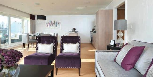 £459,950, 2 Bedroom Flat For Sale in London, NW9