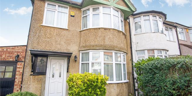 Asking Price £600,000, 3 Bedroom Semi Detached House For Sale in London, NW9