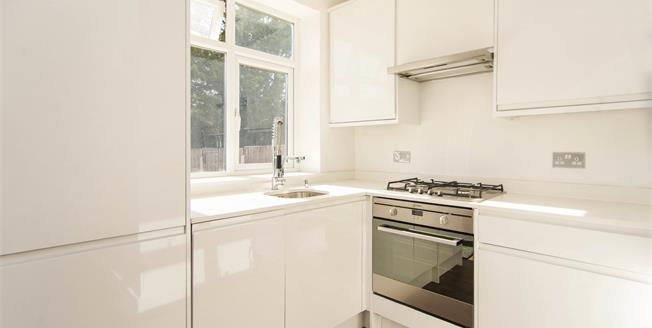 Asking Price £399,995, 2 Bedroom Flat For Sale in London, NW9