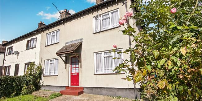 Asking Price £475,000, 3 Bedroom Semi Detached House For Sale in Edgware, HA8