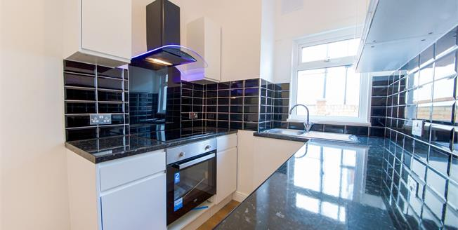 Asking Price £340,000, 2 Bedroom Flat For Sale in Enfield, EN3
