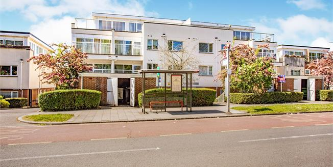 Asking Price £285,000, 1 Bedroom Flat For Sale in Wembley, HA9