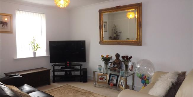 Offers in the region of £140,000, 2 Bedroom Flat For Sale in Warrington, WA4