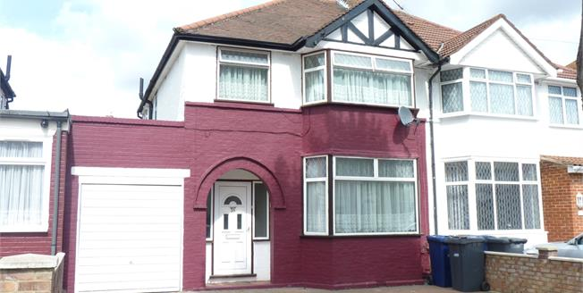 Asking Price £499,950, 3 Bedroom Semi Detached House For Sale in Southall, UB1