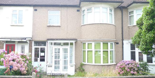 Asking Price £265,000, 1 Bedroom Maisonette For Sale in Greenford, UB6