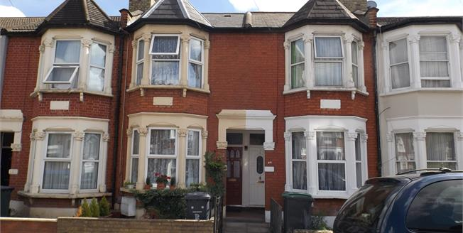 Asking Price £500,000, 2 Bedroom Terraced House For Sale in Arnold Road, N15