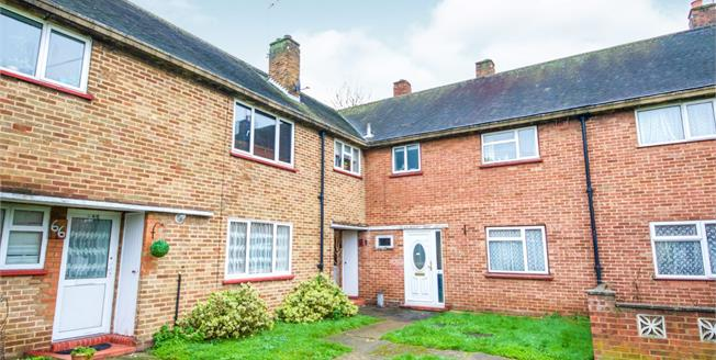 Asking Price £350,000, 3 Bedroom Terraced House For Sale in Cheshunt, EN8