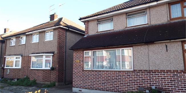 Asking Price £395,000, 3 Bedroom Semi Detached House For Sale in Enfield, EN3
