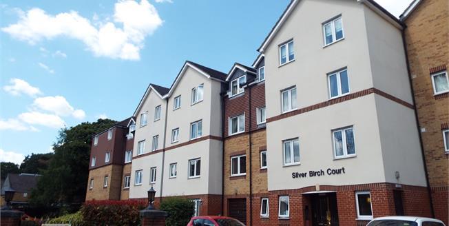 Asking Price £180,000, 1 Bedroom Flat For Sale in Cheshunt, EN8