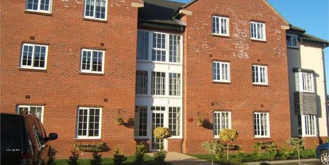 Guide Price £170,000, 2 Bedroom Flat For Sale in Mobberley, WA16