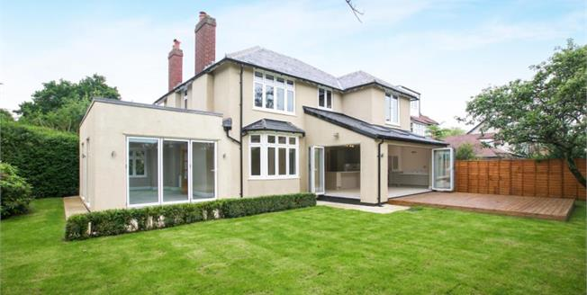 £920,000, 4 Bedroom Detached House For Sale in Alderley Edge, SK9