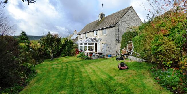 Offers Over £230,000, 3 Bedroom Semi Detached House For Sale in Earl Sterndale, SK17