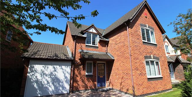 Guide Price £299,950, 4 Bedroom Detached House For Sale in Manchester, M22