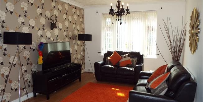 Guide Price £175,000, 3 Bedroom Semi Detached House For Sale in Failsworth, M35