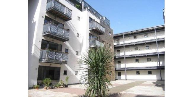 Guide Price £125,000, 1 Bedroom Flat For Sale in Manchester, M4