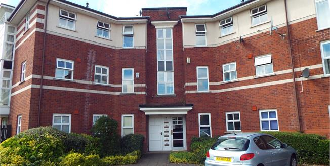Offers Over £140,000, 3 Bedroom Flat For Sale in Salford, M3
