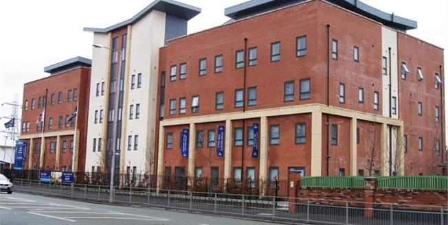 Asking Price £90,000, 2 Bedroom Flat For Sale in Manchester, M9