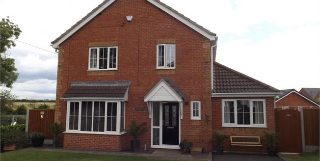 £325,000, 5 Bedroom Detached House For Sale in Crewe, CW1