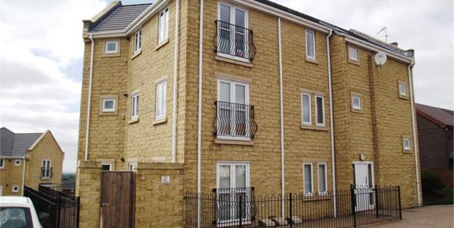 Offers Over £80,000, 2 Bedroom Upper Floor Flat For Sale in Hyde, SK14