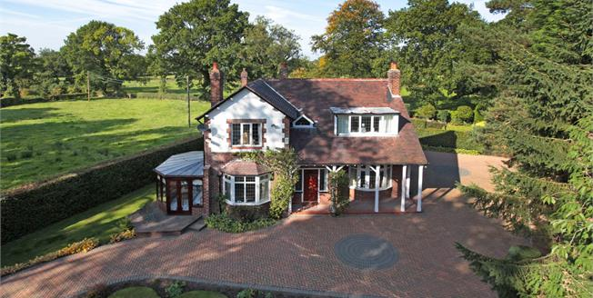 Guide Price £770,000, 4 Bedroom Detached House For Sale in Mobberley, WA16