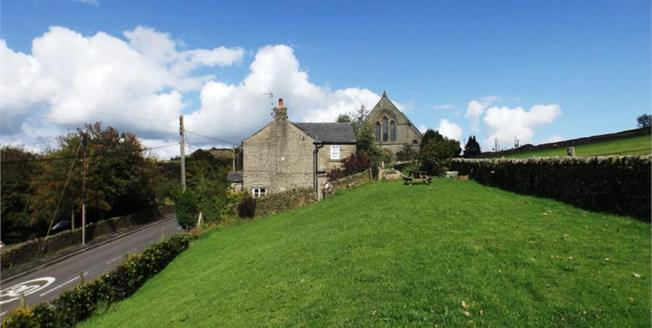 Guide Price £495,000, 5 Bedroom Detached House For Sale in Rainow, SK10