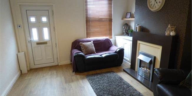 Guide Price £100,000, 1 Bedroom Terraced House For Sale in Macclesfield, SK11