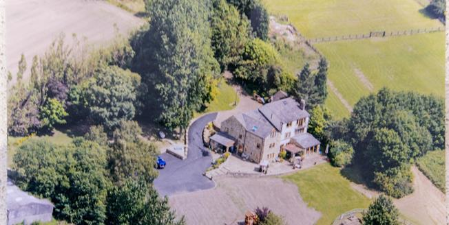 Offers Over £1,000,000, 6 Bedroom Detached House For Sale in Charlesworth, SK13