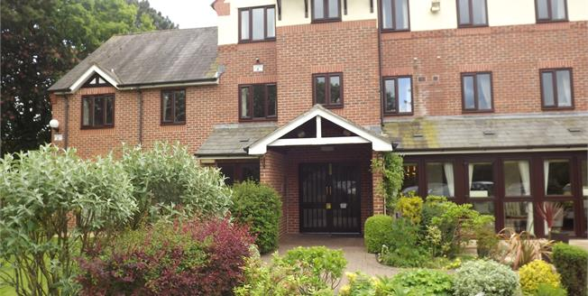 Guide Price £95,000, 1 Bedroom Flat For Sale in Nantwich, CW5