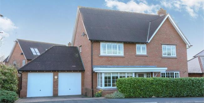 £460,000, 5 Bedroom Detached House For Sale in Weston, CW2