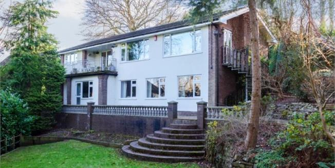 Guide Price £500,000, 4 Bedroom Detached House For Sale in Baldwins Gate, ST5