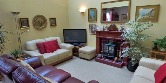 £300,000, 3 Bedroom Terraced House For Sale in Hadleigh, IP7
