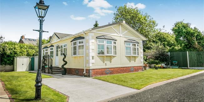 £125,000, 2 Bedroom Detached Bungalow For Sale in Sandbach, CW11